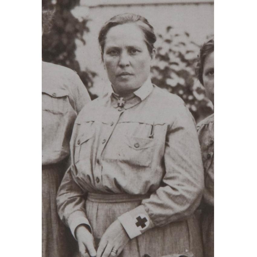 Larsson, Helmi